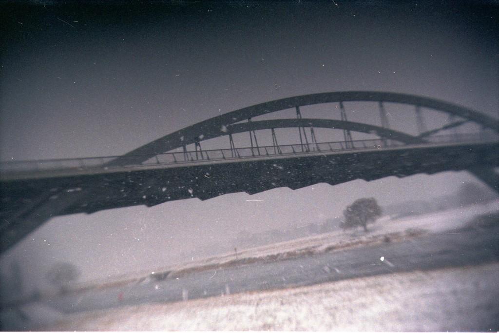 Waldschlösschenbrücke im Schneesturm (27.01.14)