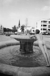 Schalenbrunnen Tannenstraße (Nikon F3 | 24mm | FP4)